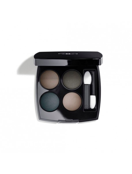 Chanel Les 4 Ombres n. 324 blurry blue